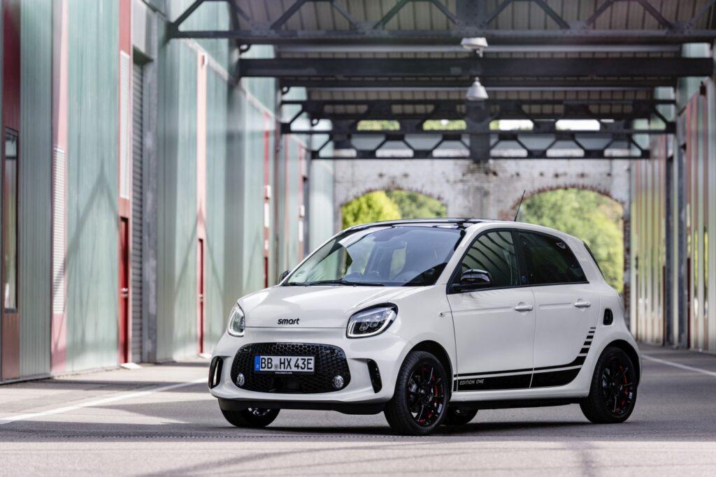 Iperkamiausi elektromobiliai- Smart EQ ForFour