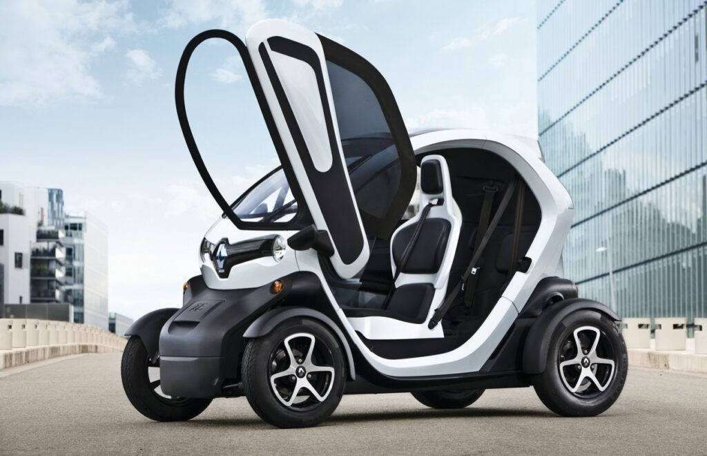 įperkamiausi elektromobiliai 2021 metais- Renault Twizy